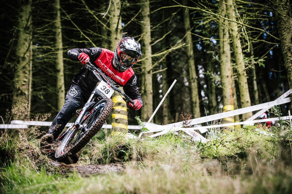 Round One of the UK National Downhill Series